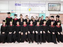 全体毕业班 All Graduates